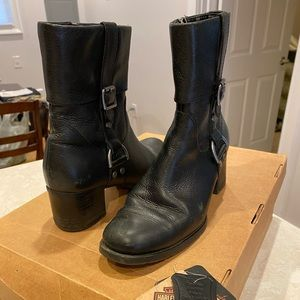 Woman's Harley Davidson boots